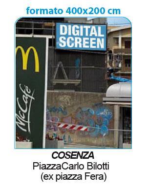 """<span  class=""""uc_style_uc_tiles_grid_image_elementor_uc_items_attribute_title"""" style=""""color:#ffffff;"""">Schermo wide ubicato in piazza centrale di Cosenza, centro nevralgico della città</span>"""